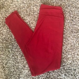 EUC LulaRoe Red OS One Size Solid Red Leggings